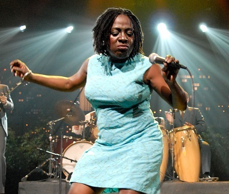 sharon jones.jpg